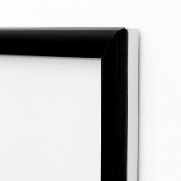 22w-x-28h-smart-poster-led-lightbox-1-black-aluminium-profile (1)