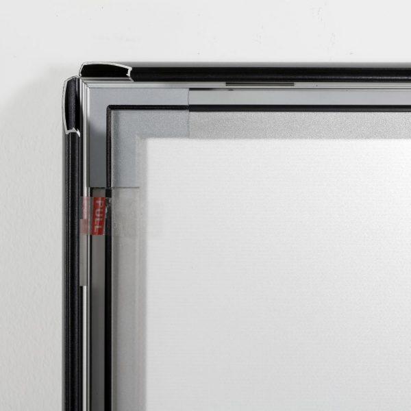 22w-x-28h-smart-poster-led-lightbox-1-black-aluminium-profile (10)