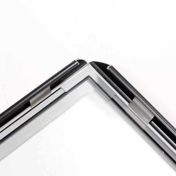 22w-x-28h-smart-poster-led-lightbox-1-black-aluminium-profile (11)