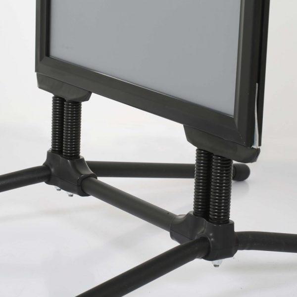 22x28-swingpro-black-frame-black-feet-sidewalk-sign (2)