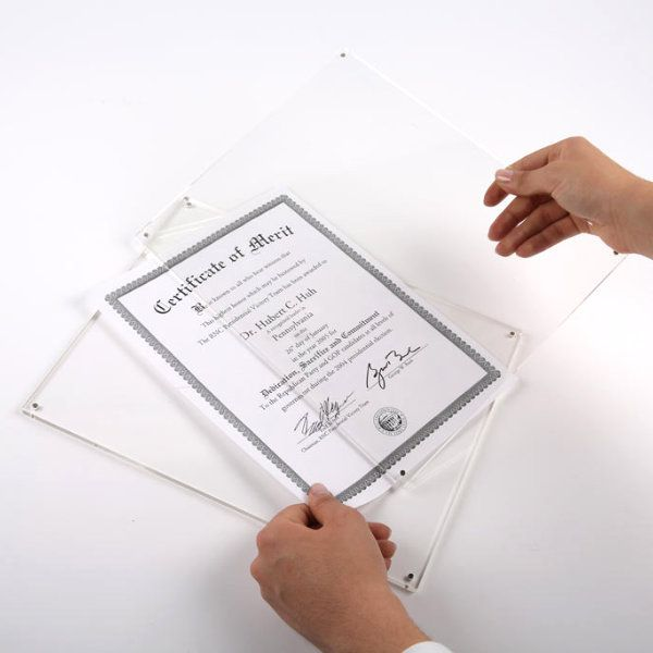 "4""w x 6""h Table Top Clear Acrylic L Sign Frame"