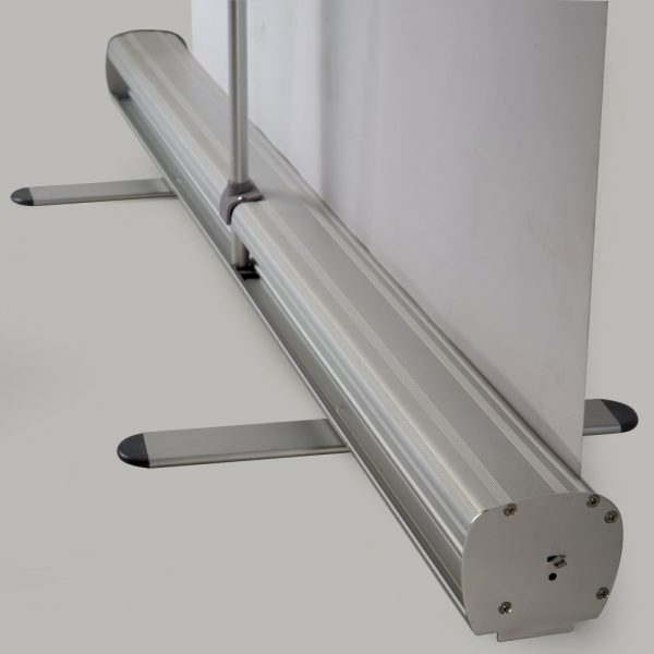 retractable-banner-roll-up-stands-33-5-silver-anodized-aluminum (1)