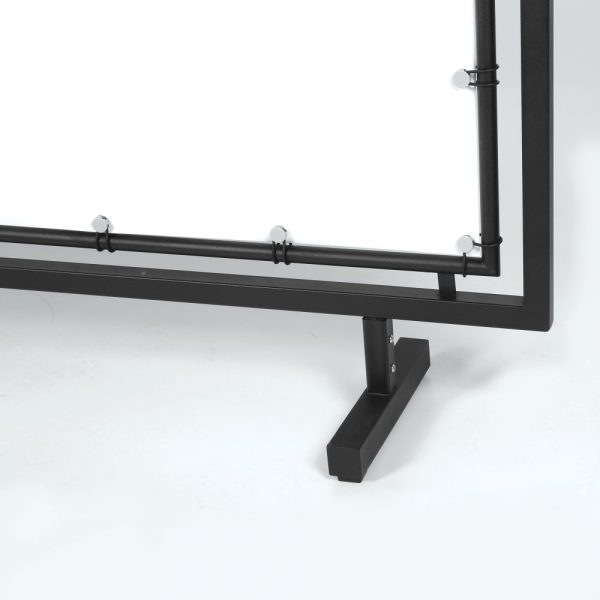 large-format-street-barrier-65x24-ral-9005 (3)