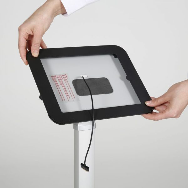 view-angle-adjustable-ipad-kiosk-black (6)