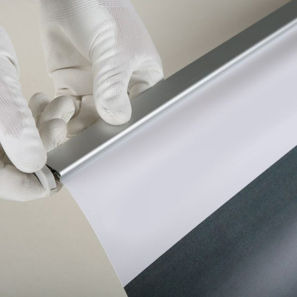 super-eco-roll-banner-48-x-78-75-with-bag (9)