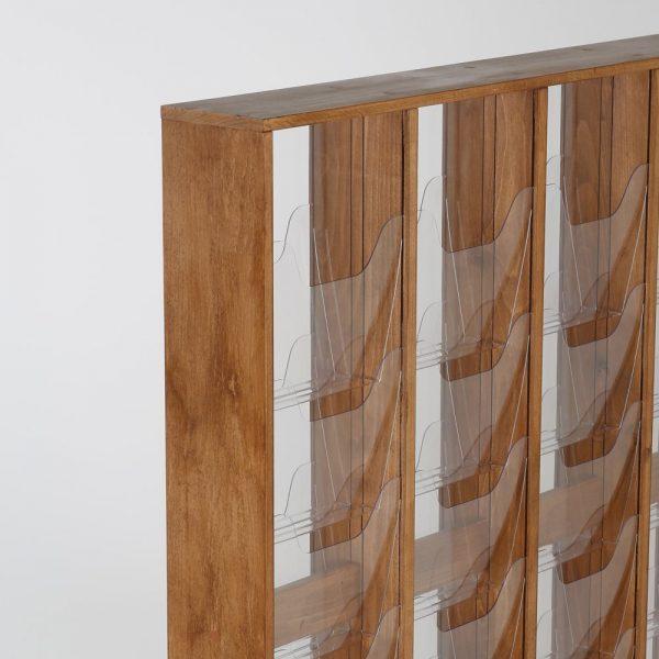 30xa4-wood-magazine-rack-dark-standing (7)