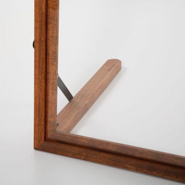 wood-framed-clear-hygiene-seperator-on-counter-a1 (4)